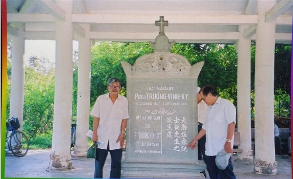Truong Vinh Ky con nguoi 01