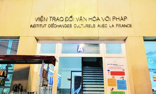 Centre Culturel Français ngày nào 02.jpg